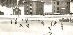 Aspecto del campo durante un partido de hockey en Davos