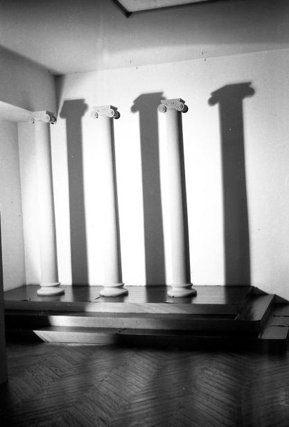 La iluminación creaba sombras con gran dramatismo, para dar teatralidad a las fotos