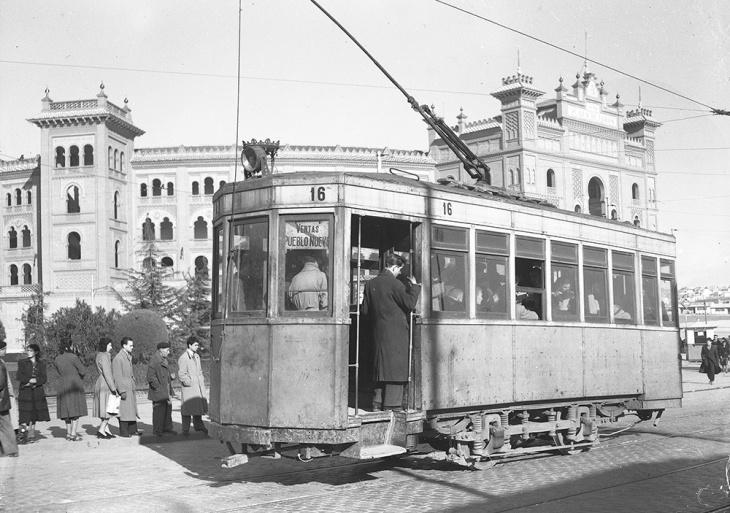 Inauguración del tranvía entre Ventas y Pueblo Nuevo,  28 de diciembre de 1951