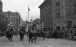 Una sección de la escolta de Franco durante el desfile de San Antón, fotografiados por Campúa en 1955