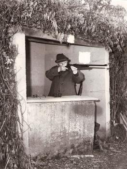 Francisco Franco en 1972 en el puesto de tiro durante una cacería celebrada en El Pardo
