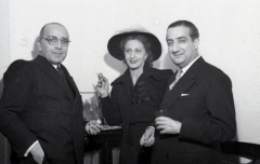19 de marzo de 1950 Onomástica de José Campúa celebrada en su estudio de la c/ Bárbara de Braganza