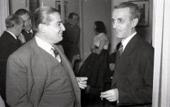 19 de marzo de 1953 Onomástica de José Campúa celebrada en su estudio de la c/ Bárbara de Braganza. A la izquierda Luis Demaría, hermano del fotógrafo