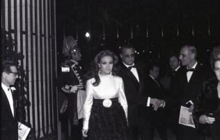 Carmen Sevilla en la celebración de los premios del Festival de Eurovisión 1969. Foto. Campúa