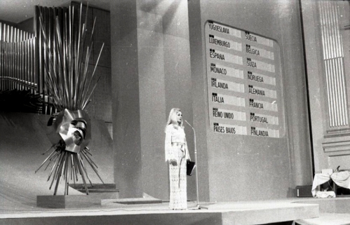 Laura Valenzuela, presentadora de la gala del Festival de Eurovisión 1969. Foto. Campúa