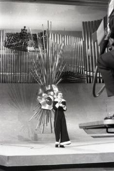 Kirsti Sparboe, representante de Noruega, durante su actuación en el Festival de Eurovisión de 1969. Foto. Campúa