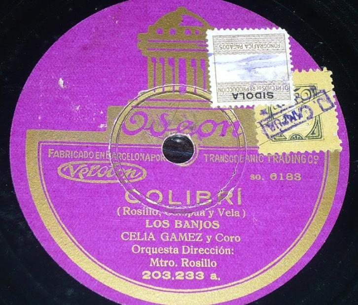 """Vinilo de la obra """"¡Colibrí!"""" en el que puede verse un sello de J. Campúa"""