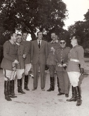 Juan Carlos con sus compañeros durante una cacería en El Pardo. Foto. Campúa