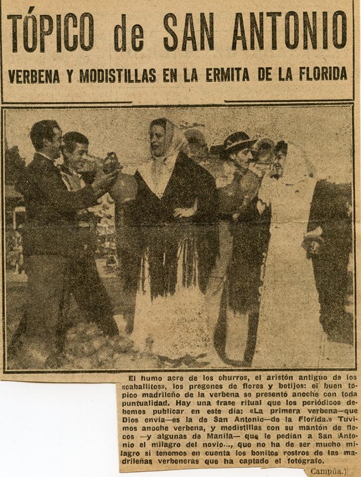 Recorte de prensa de Informaciones sobre la verbena de San Antonio en 1952 ilusrado con una fotografía de Campúa